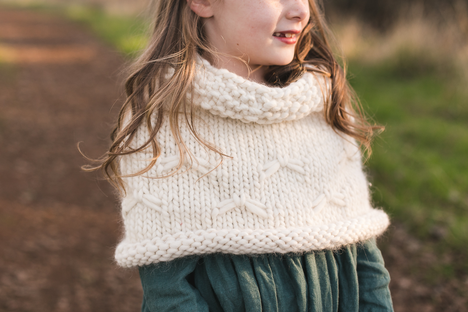 Snow Flurries Capelet Knitting Pattern